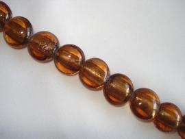 Streng zilverfolie glaskralen plat rond bruin (12 stuks)