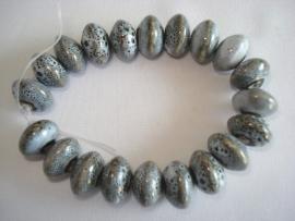 Streng porseleinen kralen grijs gespikkeld spacer