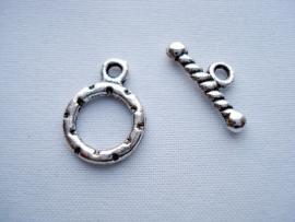 Kapittelslotje klein bewerkt zilverkleur
