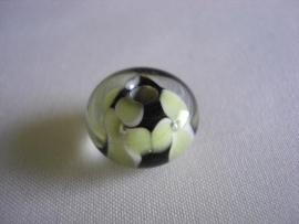 Lampwork glaskraal bloem zwart met lichtgroen