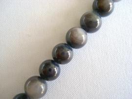 Streng schelpkralen rond 6 mm grijs