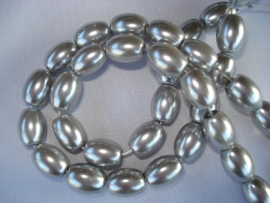 Glasparel ovaal zilvergrijs