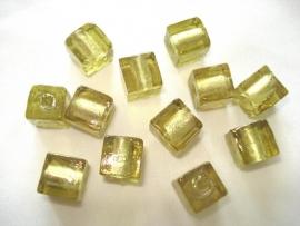 Zilverfolie glaskraal kubus 10mm licht olijfgroen