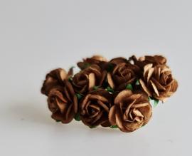 Roosjes Caramel 1,5 cm 10 st.
