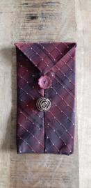 Opbergzakje / hoesje van oude stropdas 05 bordeaux rood