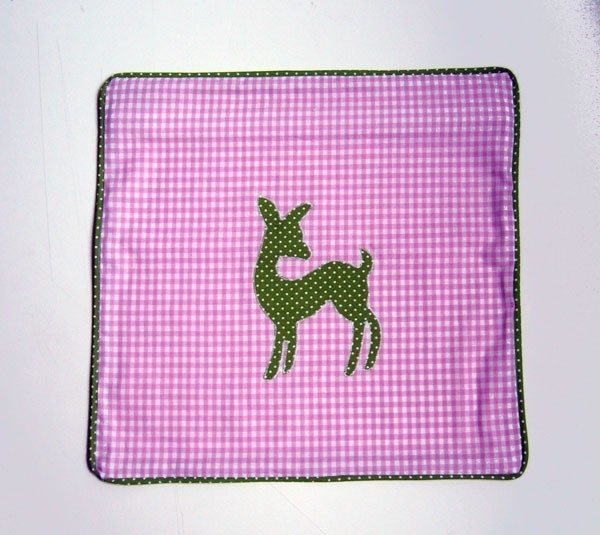 Kussenhoes Bambi roze groen