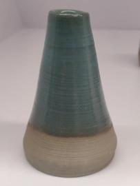 Minivaasje 8 - kleur zacht turquoise - handwerk met initialen