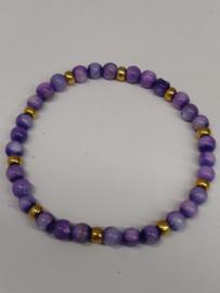 Fijne armband in natuursteentjes: kleur paars