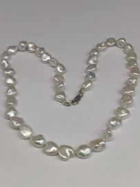 Halssnoer echte parels keshi blokjes  en massief zilver   ( 005)