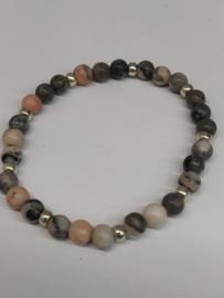 Fijne armband in natuursteentjes: kleur rhodoniet