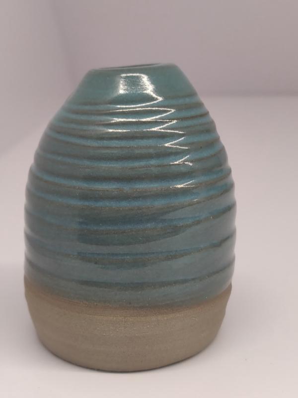 Minivaasje 7 - kleur zacht turquoise - handwerk gestempeld