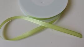 111.563 Fel-groen lint  (8mm)