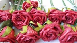 KB026 Foam roos 5 cm rood (per stuk)