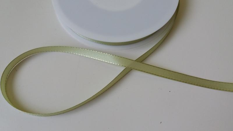 111.290 Licht appel-groen lint (8mm)