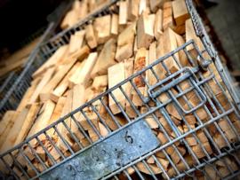 Kooi met Eikenhout voor de Ofyr, Braai of Smoker
