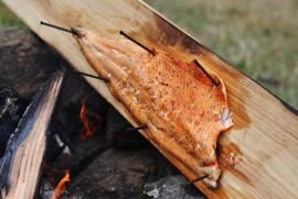Around The Fire Plank (Koken op Hout)