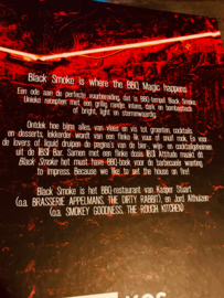 Black Smoke - BBQ, Booze & Attitude boek
