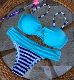 Leuke Beugelbikini Turquoise/Blauw Gestreept maat M/ L