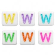 Acryl letterkraal multicolor-wit W (vierkant)