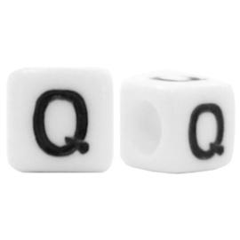 Acryl letterkraal wit Q (vierkant)
