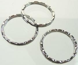 Metalen sleutelhanger ring bewerkt