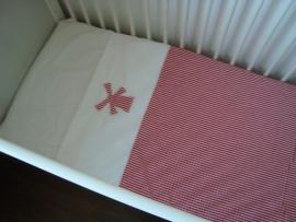 (V) Lakentje molen rood/wit 80 x 100 cm