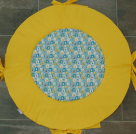 Boxkleed rond olifantjes/blaasbloem oudgroen/geel met striklinten