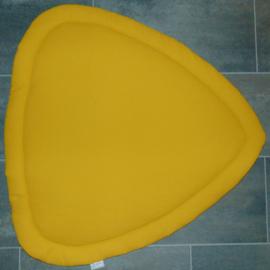 (V) Boxkleed driehoek wafelkatoen okergeel/katoen veertjes 100 cm