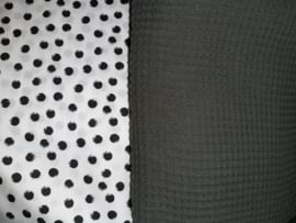 Babynestje wafelkatoen/ katoen nop wit/zwart