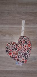Speendoekje hart lichtroze/bloemetjes off-white/multi