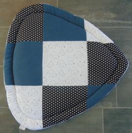 Boxkleed driehoek patchwork olifantjes/katoen ster/wafelkatoen 100 cm