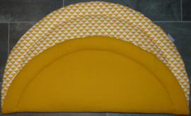 (V) Boxkleed rond wafelkatoen/katoen triangel oker/wit 100 cm