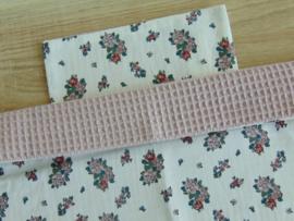 (V) Dekbedovertrekset 40 x 40 cm wafelkatoen oudroze/katoen roosjes wit-oudroze-groen