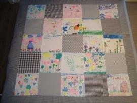 Speelkleed patchwork/ tekeningen lichtgrijs/taupe