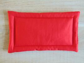 (V) Poppen kussen 15 x 25 cm rood
