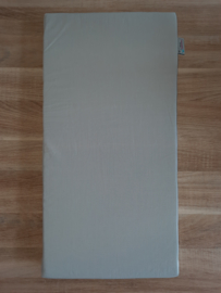 (V) Matras poppenbed 30 x 60 cm lichtgrijs