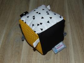 Speelblok met labels wafelkatoen/poplin triangel/uni katoen