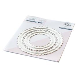 PF056ES  Pinkfresh Studio Essentials Die Set Stitched Scallop Circle