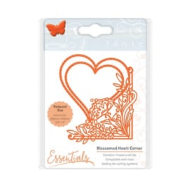 115631/1535 Tonic Studios Die fanciful floral blossomed heart 1535E