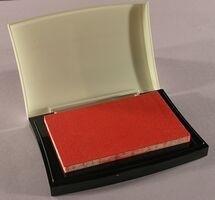 VF10 Tsukineko Versafine Ink Pads Satin Red