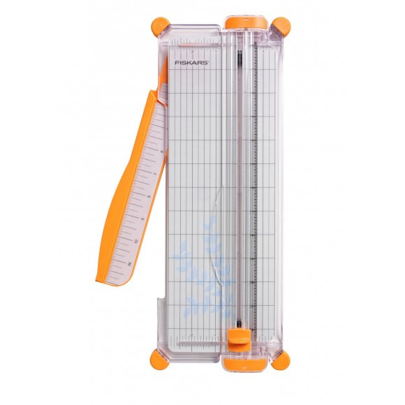 2208-4560 Fiskars SureCut plus paper trimmer A4