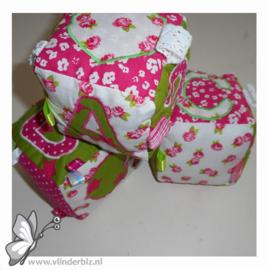 Speelblokken roze en grasgroen