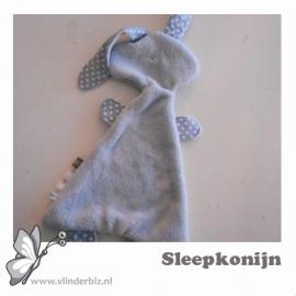 Sleepkonijn grijs knuffelfleece stipjes