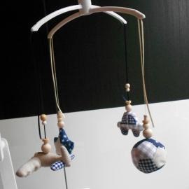 Boxmobiel hangers stoer