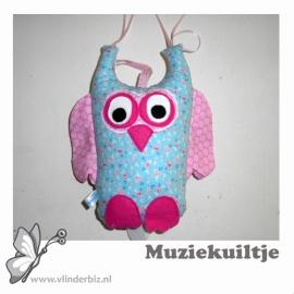 Muziekuiltje blauw en roze