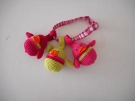 Maxicosi vogeltjes fuchsia, roze, limegroen