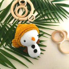 Rammelaar sneeuwpop