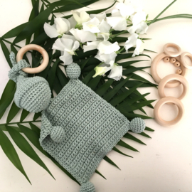 Knuffelpopje met ring