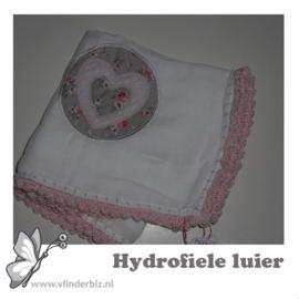 Hydrofiele luier hartje roze