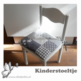 Kinderstoeltje wit grijs